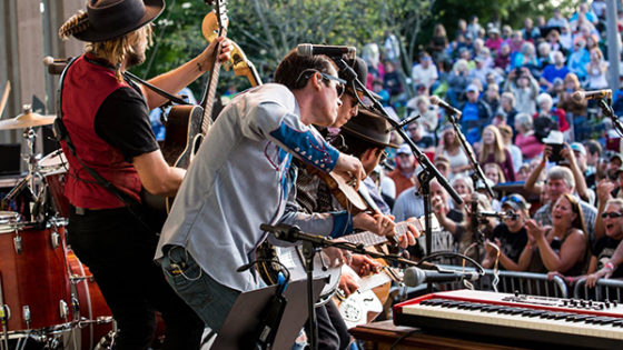 Old Crow Medicine Show performs to cheering crowd